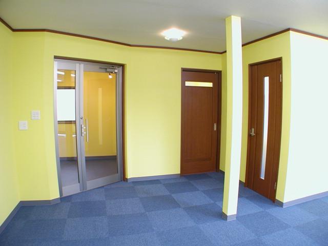 事務所の入り口