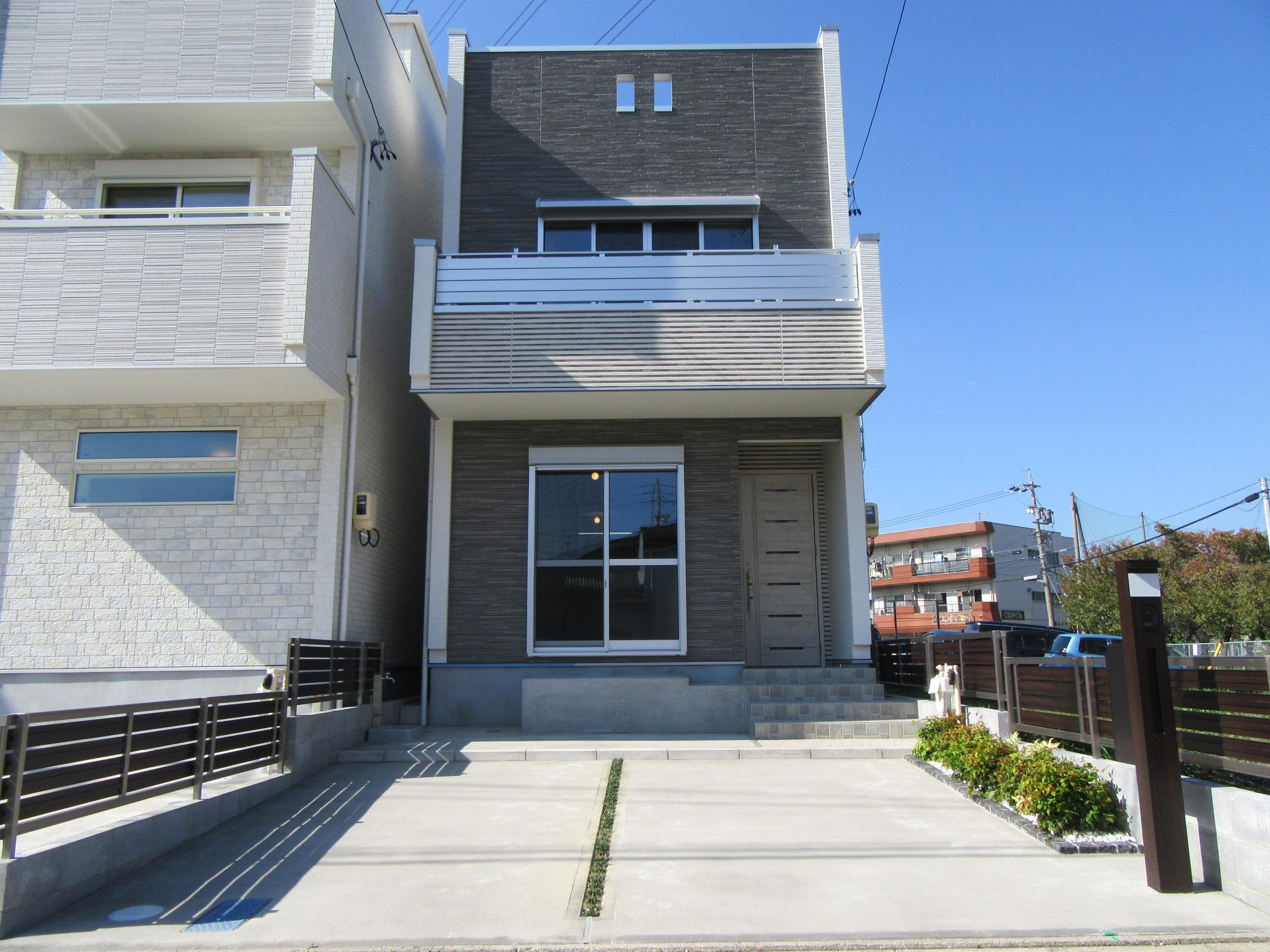 南東入 4LDK 木造3階建て 34.35坪 間口5550mm